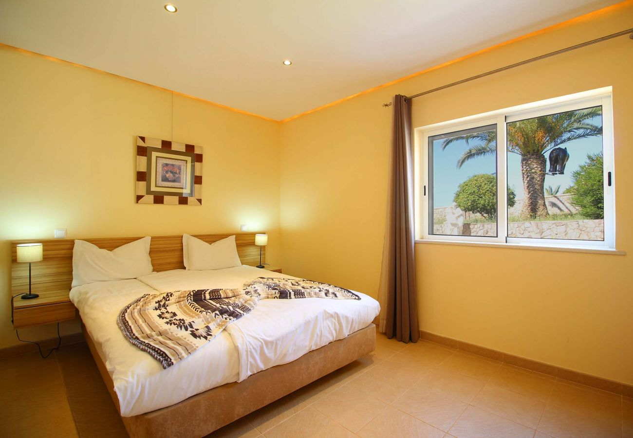 Apartment in Estombar - Fully equipped apartment, 2 minutes away from an amazing water park
