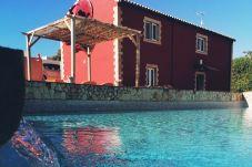 Cottage in Estombar - Casa Margarida