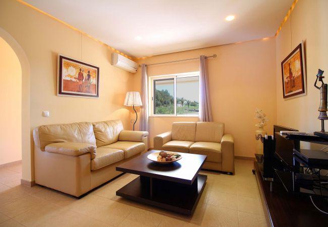 Estombar - Apartment